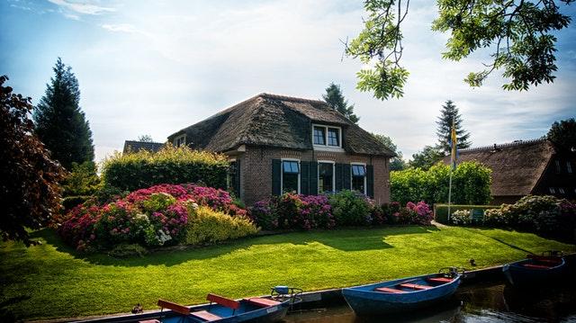 Ogród - przestrzeń przed domem