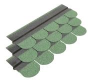 Gont bitumiczny w ładnym, zielonym kolorze dodatkowo zabezpiecza domek przed wilgocią
