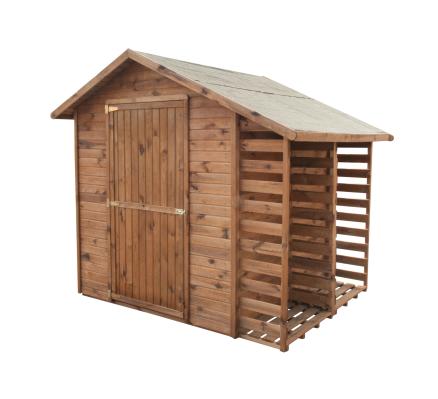 Domek ogrodowy z drewutnią o przyjemnej, brązowej barwie