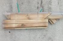 Drewniana półka stojąca 93x91,5x85,1 - II gatunek