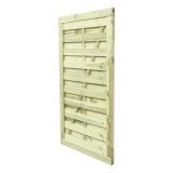 Drewniana furtka ogrodzeniowa z desek sosnowych
