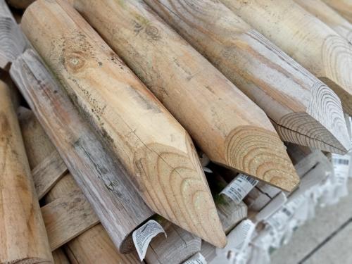 Palik drewniany toczony ostry 30x6