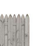 Sztachety w płocie ułożone są naprzemiennie po obu stronach rygla - jedna obok drugiej