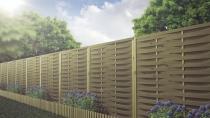 Płoty lamelowe jako ogrodzenie zewnętrzne w ogrodzie