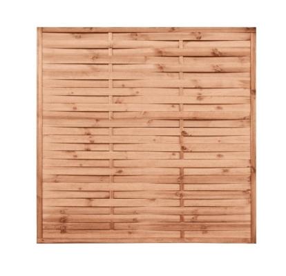 Płot drewniany lamelowy w kolorze brązowym